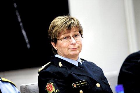 Politimester i Nordre Buskerud, Sissel Hammer, under mandagens åpne høring i Stortingets kontroll- og konstitusjonskomite etter rapporten fra 22. juli-kommisjonen.