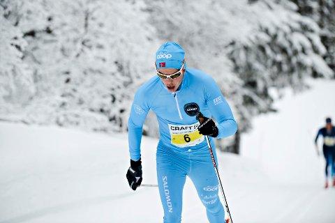 Espen Harald Bjerke fra Team Coop vant Norefjellrennet etter et rykk 900 meter før mål. Han gikk 43 km på 2:10:24.