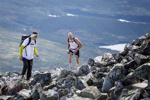 Norseman Xtreme Triathlon er anerkjent som verdens hardeste Ironman-distanse. Blant deltakerne i sommer var Gjermund Nordskar (til høyre) med Jo Nordskar som support. I år går løpet 3. august.
