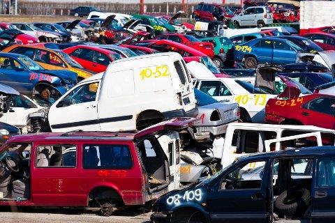 VENTER RUSH:  Hos Eriks Bil demontering i Nordre Frogn ventes opp mot 200 biler som skal vrakes på de travleste dagene frem til 20. mars. FOTO: Colourbox)
