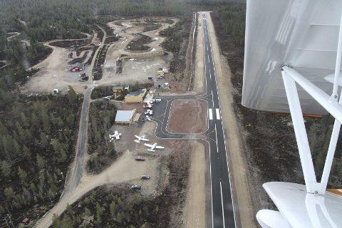 FÅR NM: I august blir det NM i akrobatflyging på flyplassen på Sæteråsen.