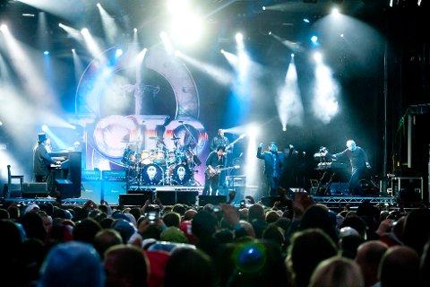 Steve Lukather og Toto på besøk.