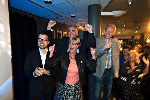 Christopher Wand, Kristin Ørmen Johnsen, Trond Helleland og Anders Werp jubler etter valgdagsmålingen.
