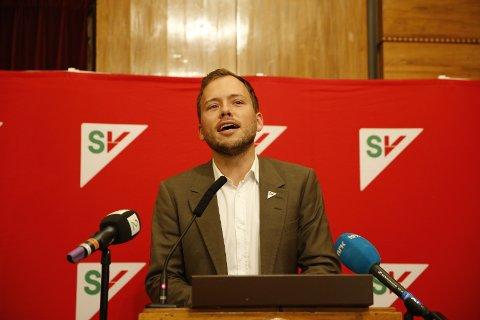 SV-leder Audun Lysbakken da han holdt sin innledning til landsstyret fredag. Partiet sliter tungt økonomisk etter katastrofevalget.