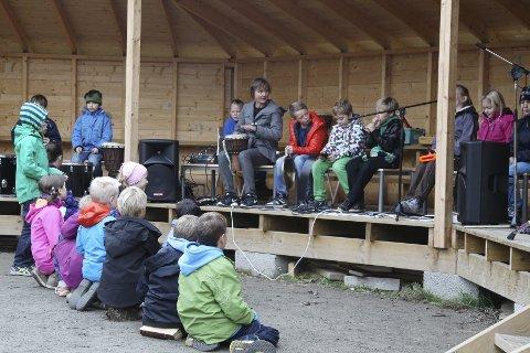 MUSIKK: Maria Sjøberg har stått for musikkverkstedet i den kulturelle skolesekken på Solberg skole.