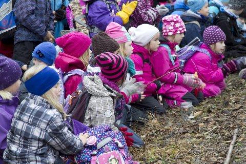 PUBLIKUM: Publikum fulgte spent med på urfremføringen av elevenes nykomponerte musikk.