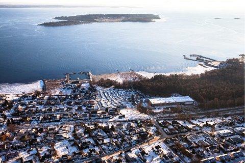Mellom 80 og 100 nye boliger er planlagt på Rørestrand. Flere partier er positive.