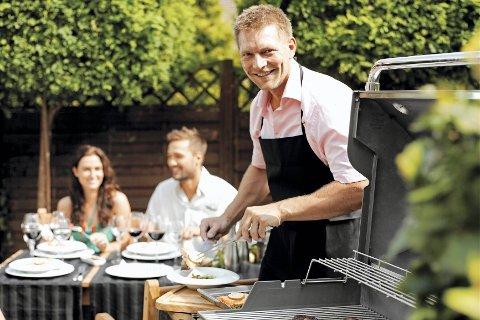 Gassgrillene krever vedlikehold og renhold. Fett tar fort fyr, og derfor er en ren grill en trygg grill.