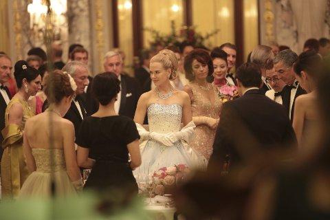 Tynt: Nicole Kidman er slående vakker, men overbeviser allikevel ikke som Grace Kelly. foto: filmweb.no