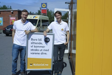 RASKT: – Meningen er å gi kundene rask service, sier Vegard Vik og Christian Mikalsen i Kolonial.no