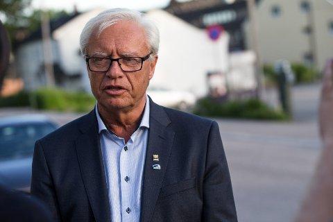 Ordfører i Kongsvinger kommune, Øystein Østgaard, uttaler seg om bortføringssaken der to jenter ble bortført av maskerte menn utenfor Kongsvinger tirsdag kveld.