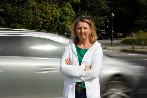 DEBATT GJENNOM MANNSALDER: Marianne Riis Rasmussen, leder for Asker Arbeiderparti, gir ikke opp tanken på ny Røykenvei, selv om hun muligens ikke tror det vil skje i den neste mannsalderen heller.