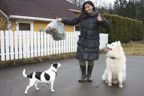 Engasjement: Da Shabana Rehman begynte å gå tur med hunden Eckhart, oppdaget hun forsøplingen og fant ut at hun selv kunne gjøre noe for å ta vare på naturen og nærmiljøet.  Sånn våknet det miljøpolitiske engasjementet. FOTO: VIVI RIAN