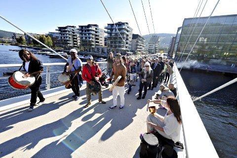 Fellesskap: Brubygging står sentralt i Drammen Sacred Music Festival. Her fra årets festivalåpning på Ypsilon. foto: lisa selin