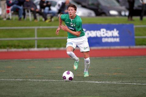 Mathias Iversen scorer stort sett alltid når han trekker i den grønne Ås-trøyen. Så også i dag da han sendte laget i føringen mot Tistedalen midtveis ut i første omgang. ARKIVFOTO.