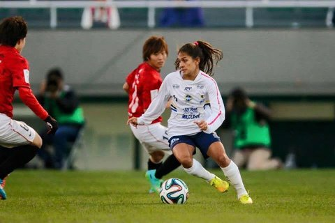 Leticia Santos har sagt ja til å spille for Avaldsnes.