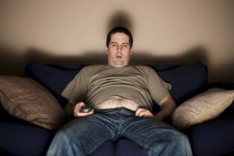 KLAR, FERDIG, SITT: 16 dager med OL-TV fra kveld til tidlig morgen krever sin mann. Foto: Istockphoto
