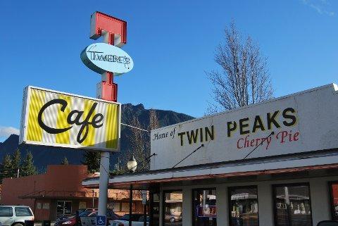 Cafeen i North Bend er et av de få foretakene som fortsatt profilerer «Twin Peaks»-tilknytningen.