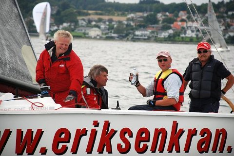 «Eldrebølgen» ble i helgen norgesmestere. Mannskapet består av skipper Finn Eriksen, Morten Koflaath, Morten Engelund og Thore Vestby. FOTO: SABINE AMELN