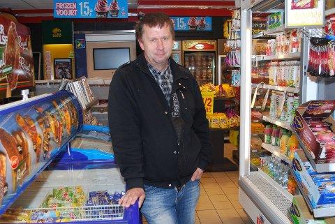 - Da jeg gikk på ungdomskolen kunne jeg kjøpe to Bugg for 50 øre, minnes Espen Westermann (45) fra Drammen. Slik er det ikke lenger.