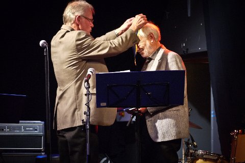 Sist gang Kongsberg Rotary Klubb delte ut Paul Harris Fellow-prisen var i 2009, da gikk den til Sigurd Friis.