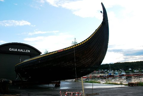 Vikingskipkopien Gaia sank ved kai i Sandefjord natt til tirsdag 7. august. Arkivfoto: Kristin Bjørntvedt