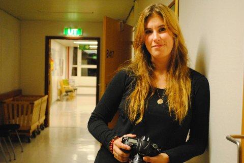 Maria Vatne Payne har funnet drømmejobben. Hun er fødselsfotograf.