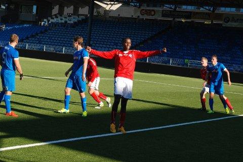 For Abdikahim Akmet Dagane er det blitt en positiv opplevelse å bytte klubb. I går slo Åssiden med Abdi i spissen Drammen FK 3-2.