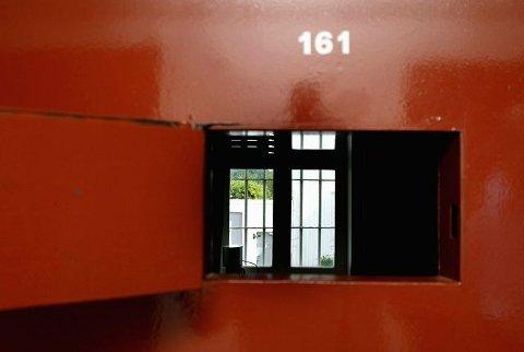 LITEN EFFEKT: Ni av ti (87 prosent) av de innsatte i fire fengsler har vært i kontakt med barnevern, politi, PP-tjeneste eller barne- og ungdomspsykiatrisk avdeling som barn. Det tyder på at hjelpeapparatet kommer til kort, skriver kommentatoren. Arkivfoto: Svein André Svendsen