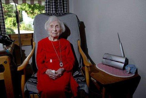 TOPPER LISTEN. Gudrun Omdahl Onshuus (109), som nå er Norges eldste nålevende person, ble nylig oldemor for første gang.
