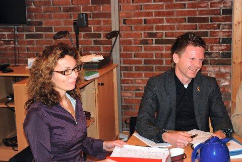 Leder Kjerstin Wøyen Funderud og Tage Pettersen i representantskapet i Movar.