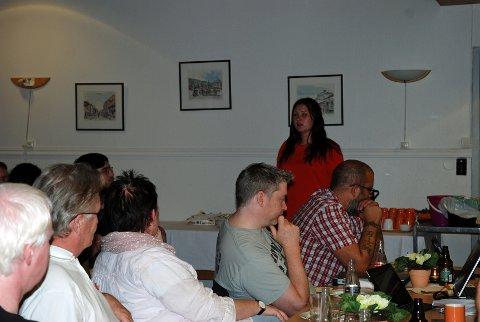 Lena Reitan taler til SVs valgvake.