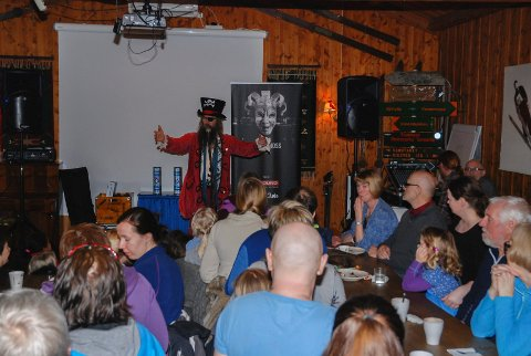 Rødskjegg var også invitert til  10 års-jubileet på Skihytta.