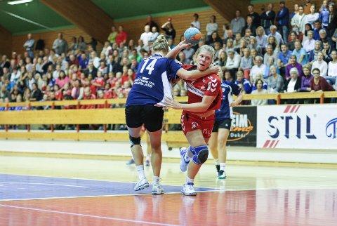 Follo-damene og Ida Ringlund Hansen måtte krige, men vant til slutt komfortabelt over Stabæk 2.