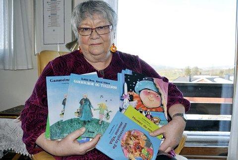 Favnen full: Torhild Moen har fått oversatt en rekke barnebøker till dansk, svensk og finsk. Snart er den første barnebokserien også klar for det danske markedet.