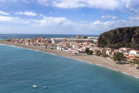 SOLKYSTEN: Costa del Sol har fristet nordmenn i årevis.