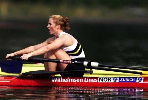 <b>Syv gull.</b> Kristine Bjerknes rodde fra alle og tok sitt syvende NM-gull på Vangsvatnet i Voss. (Foto: Digitalsport)