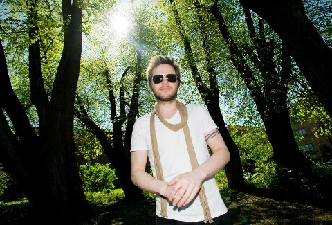 Sanger og musiker Espen Lind er Vamps produsent.