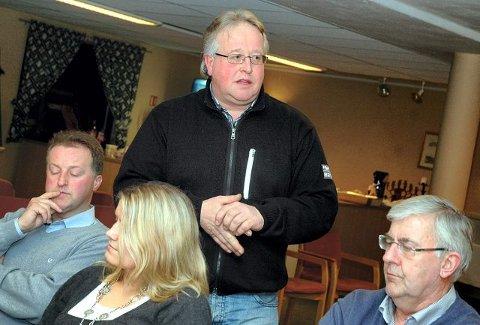 ENGASJERT: Petter Glittum fikk mange innspill på årsmøtet til Horten og Omegn Travforening om hvordan travstevnene på Jarlsberg kan forbedres. FOTO: VIDAR KALNES