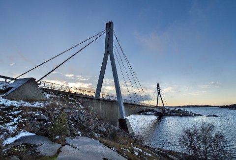 Puttesund bru: Binder sammen Fredrikstad med Hvaler og er en livsnerve for mange.