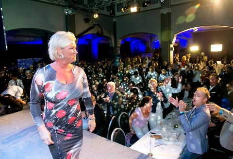 Partileder Siv Jensen holder tale på Fremskrittspartiet valgvake på Ballrom i Oslo.