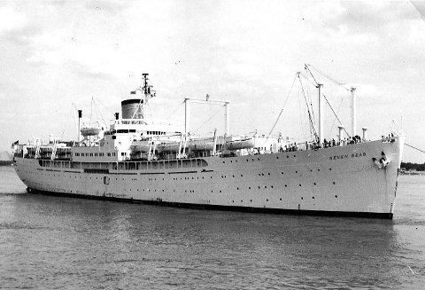 «SEVEN SEAS»: Utvekslingsstudenter fra hele verden fikk bo gratis hos en familie i USA gjennom AFS, og i 1960 reiste 900 av dem med «Seven Seas». Reisen tok en uke. Oppholdene ble sponset blant annet av Rotary.