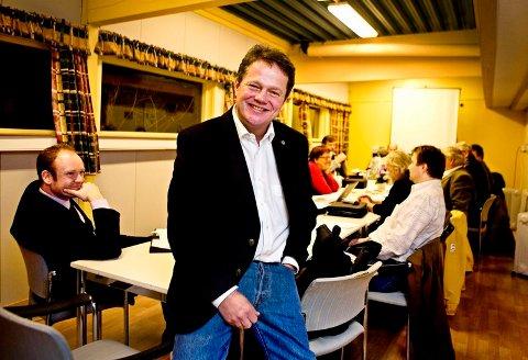 Ulf Erik Knudsen gir seg som som leder for fylkesstyret.