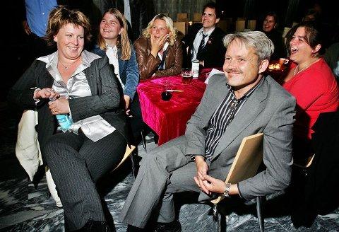 Eva Kristin Andersen (fra venstre) Agnes Bossum, Anita Vik, Geir Johansen, Bjørnar Laabak og Hilde Cathrine Baltaci fryder seg over valgresultatet i 2007.