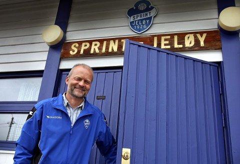 Sprint-leder Eystein Simonsen forventer at politikerne kjenner sin besøkelsestid på Bellevue og kommer fram til et annet forslag enn rådmannens nei til nye kunstgressbaner.