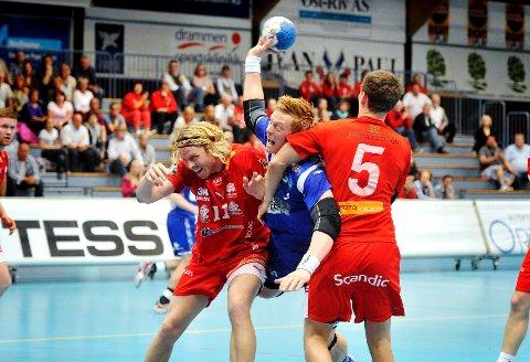 Haslum-forsvaret ga Henrik Jakobsen og DHK en tøff kamp, og påførte drammenserne tap i den første semifinalen i sluttspillet.