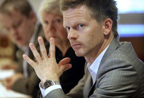 Tage Pettersen (H) berømmet ordføreren i eskatt-debatten.