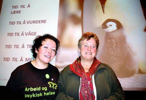 PSYKISK HELSE I FOKUS: Fagdag om arbeid og psykisk helse, lokallagsleder i Mental Helse Elverum, Linda Merethe Nordholm (til venstre) og overlege Hilde Nitteberg Teige fra Hernes Institutt
