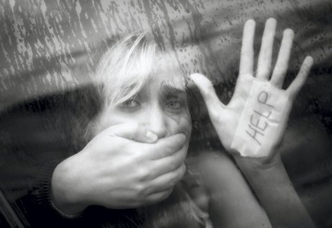 SI FRA: Vær tydelige og gi oss informasjon der dere har mistanke om at vold eller andre former for overgrep kan være et sentralt tema i barnets familie. Illustrasjonsfoto: Scanpix