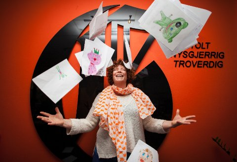 Lene Noss Ditmansen ved «M.O.R. – Myk og Rar» har i løpet av en uke fått 390 bidrag til tegnekonkurranse. Nå kan du stemme fram vinneren på SMS.